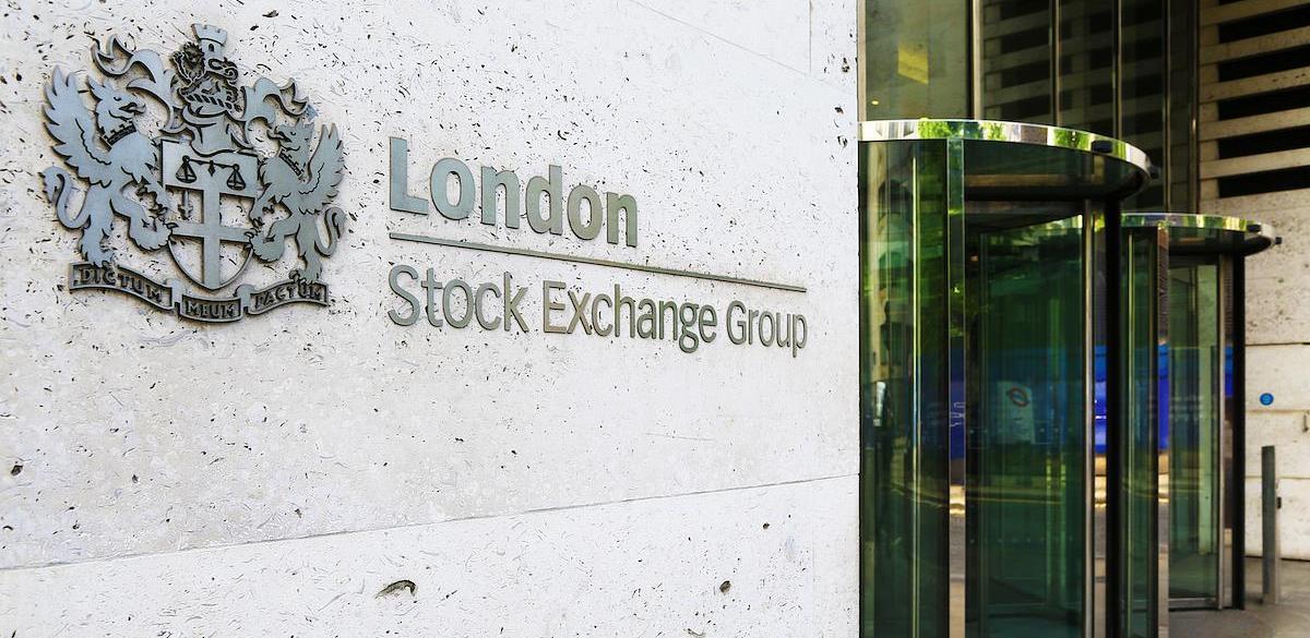 RS se zadužuje stotine miliona eura na Londonskoj berzi