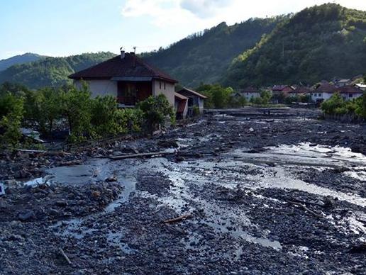 Velika Britanija obnavlja vodovodni sistem u poplavljenim područjima BiH