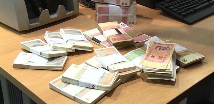 RS dužna 5,1 milijardu KM, lani plaćeno 854 miliona po osnovu kredita