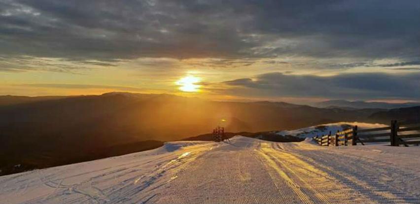 Dočekajte izlazak sunca na vrhu Bjelašnice: SabahSKI za sve ljubitelje skijanja