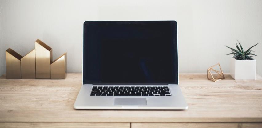 Ovim potezima prije ćete oštetiti računar nego ga očistiti