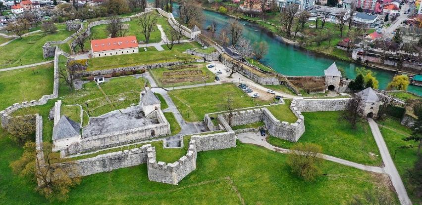Banja Luka ljetnom pozornicom oživljava Kastel
