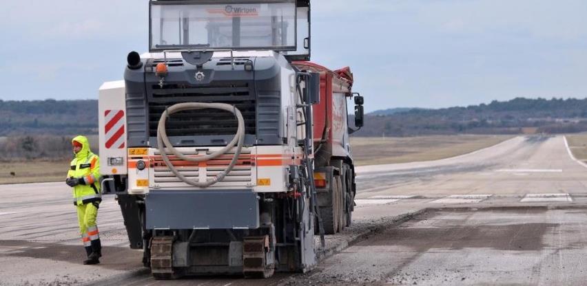 Posao od pola miliona KM: Pista aerodroma Sarajevo dobit će novi asfaltni sloj