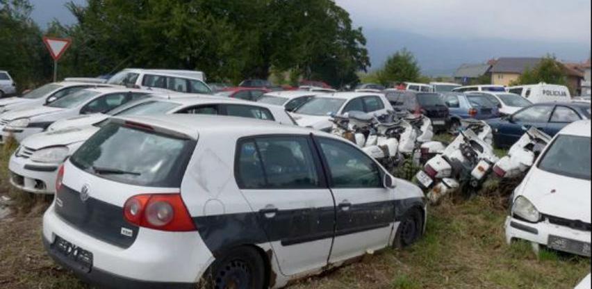 MUP KS prodao 52 havarisana vozila za 103.500 KM