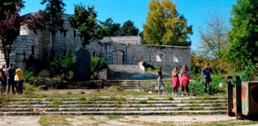 Akcija čišćenja i uređenja prostora Spomen parka Vraca