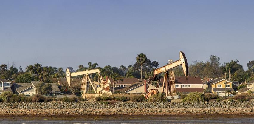 Nafta jeftinija zbog ukidanja blokade u Libiji