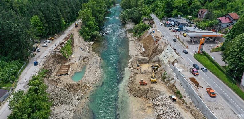 Toplice: Počela gradnja obalnih stubova novog mosta