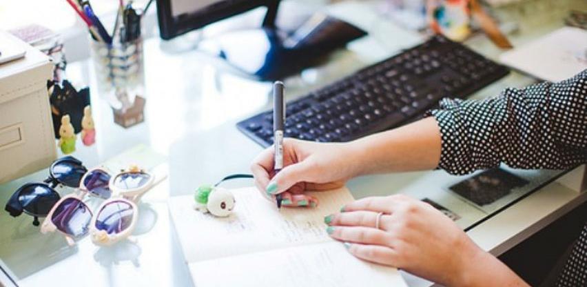 Pet malih savjeta za savršen uredski stol