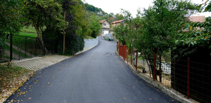 Novi asfalt u ulicama Ranovačka i Bjelugovićka u Dobroševićima