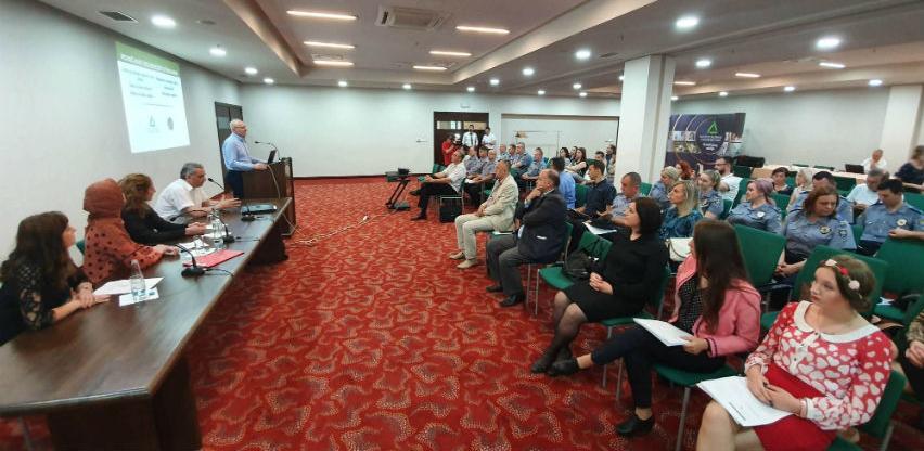 """MUP ZDK i INZ projektom """"Povećanje sigurnosti u školama"""" okupili 1.700 učenika"""