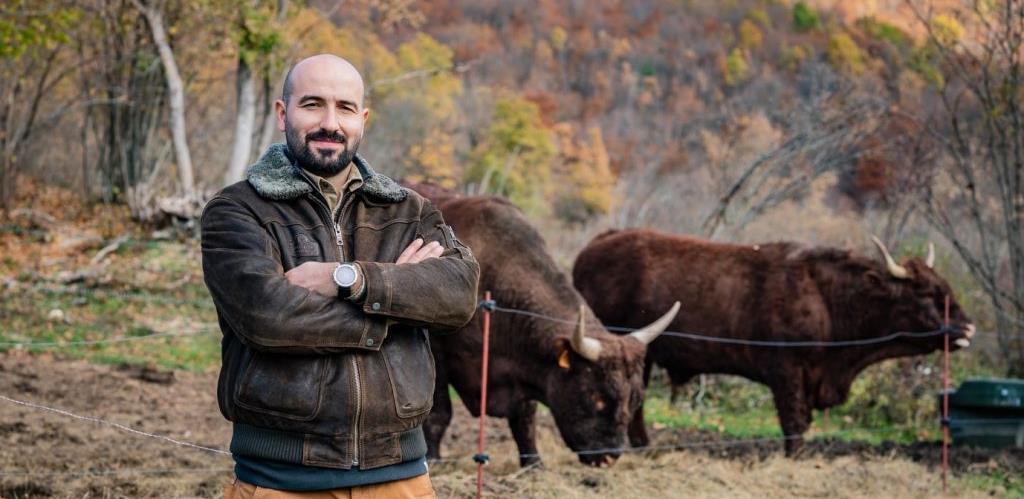 Uspješna farmerska priča: Zagrepčanin doselio u Livno i osnovao najmoderniju farmu goveda