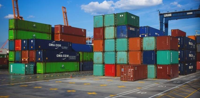 Blaži pad evropskog robnog izvoza u februaru