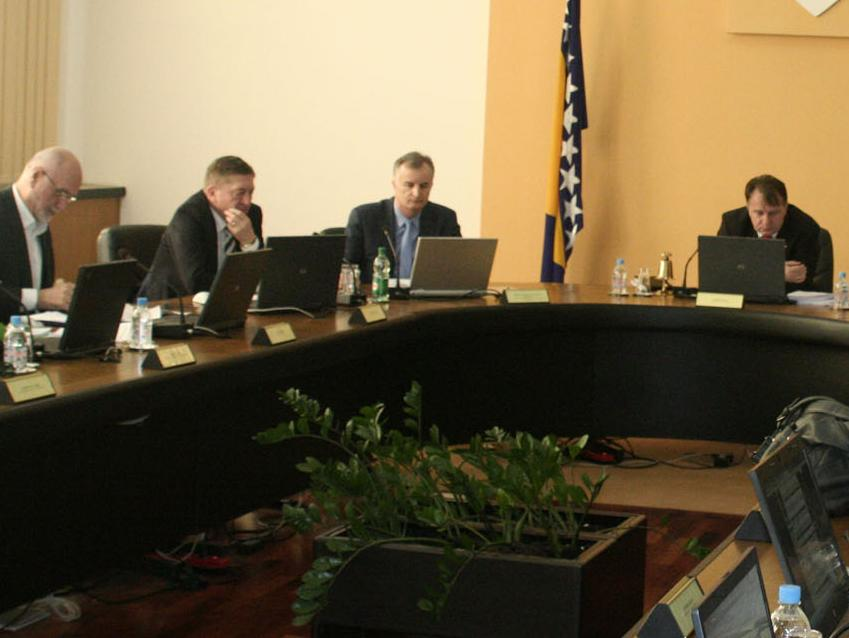 Vlada FBiH raspravljala o mjerama za izlazak iz krize