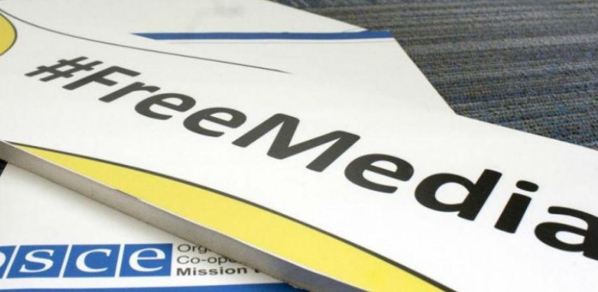 Berton i Fild: Postojanje slobode medija u velikoj opasnosti