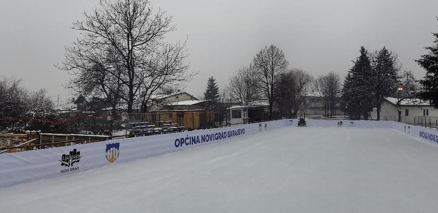 """Zimske radosti u Centru """"Safet Zajko"""": Od danas besplatno klizanje uz brojne zabavne sadržaje"""