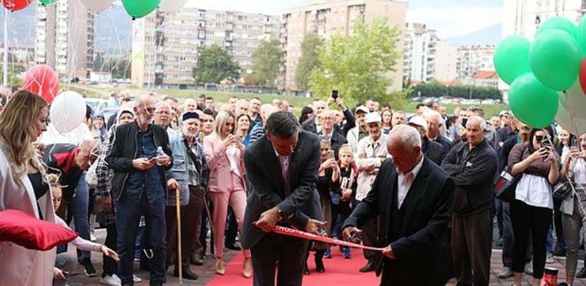 Zeka-comerc u Zenici otvorio savremeni Bau centar, posao za 40 radnika