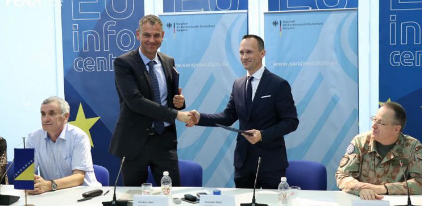 Njemačka donirala 190.000 eura za registraciju oružja OSBiH