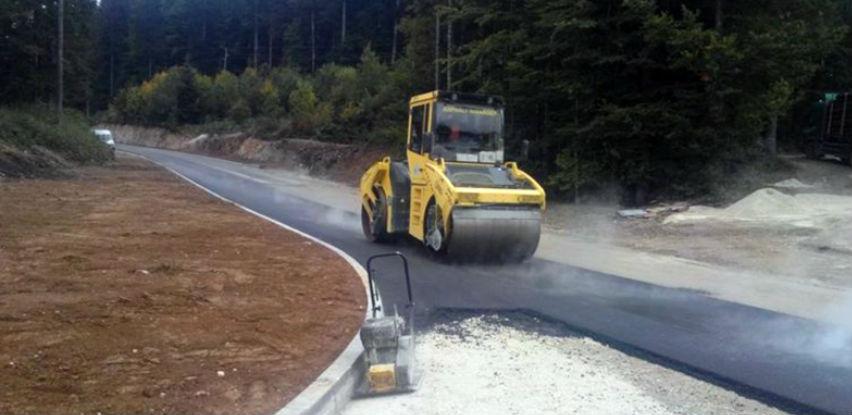 Objavljen tender za održavanje puteva: Utrka za posao od 16,6 miliona KM