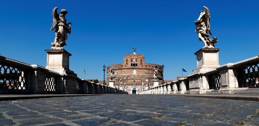 Italija zatvorena cijeli april