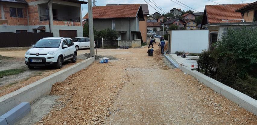 Rekonstrukcija i proširenje ulice Rasima Turkušića u naselju Švrakino Selo