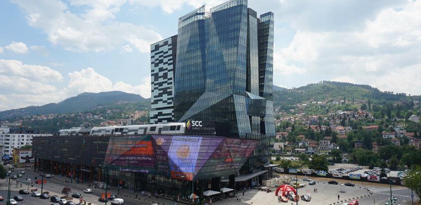 Vlada KS naložila obustavu rada svih tržnih centara