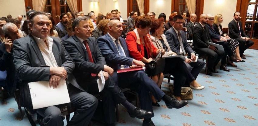 Potreban strateški pristup rješavanju kompletne reforme tržišta rada