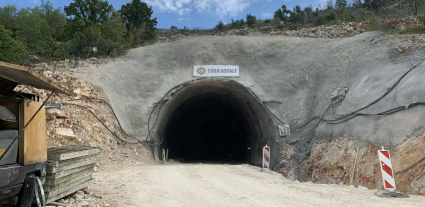 Radovi na cesti Neum – Stolac u punom jeku: Tunel Žaba dobija oblik