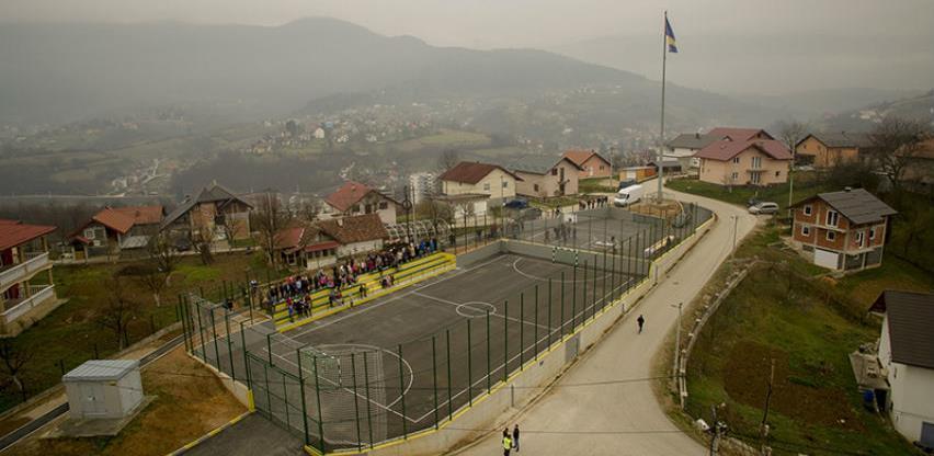 Na Ban brdu u Hadžićima otvoreno sportsko igralište
