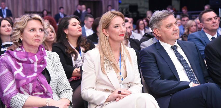 Mikrofinansijski sektor u BiH za 19 godina plasirao oko devet milijardi KM