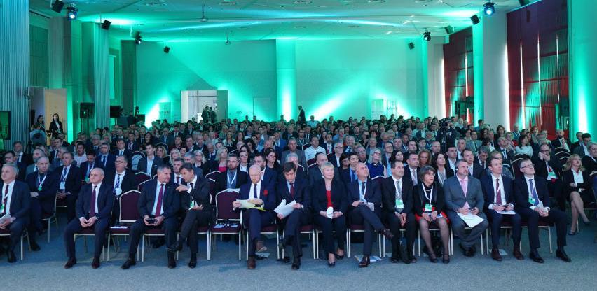 Počeo 5. Energetski samit u Neumu – Energetska tranzicija ključna tema