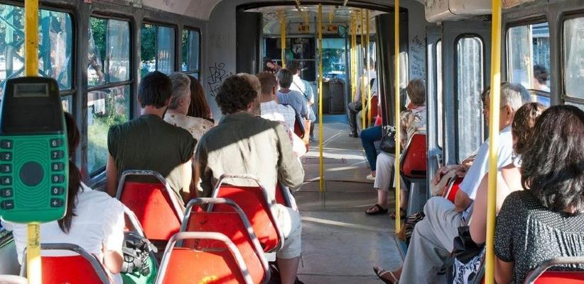 Naložene pojačane kontrole broja putnika u vozilima gradskog saobraćaja u KS