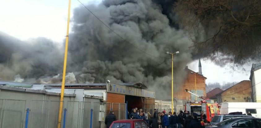 Dan nakon požara: Počeo uviđaj na zgarištu Gradske pijace u Tuzli