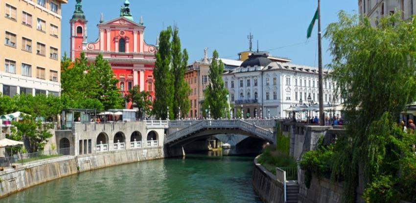 Slovenija - Prva zemlja u Europi koja je proglasila kraj epidemije