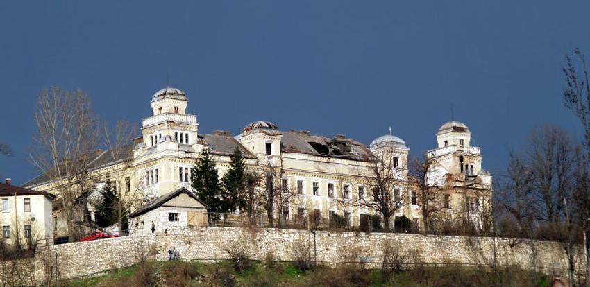 Vlada FBiH dala Gradu Sarajevo na korištenju kasarnu Jajce