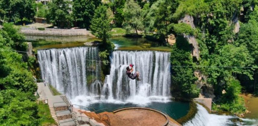 U turističkoj ponudi Jajca od sutra zip-line preko jednog od najljepših vodopada
