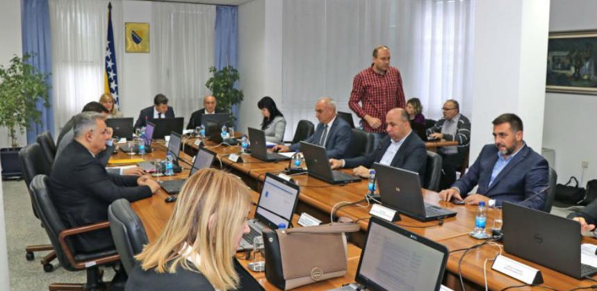 Federalno ministarstvo financija prikupilo 40 milijuna KM aukcijom obveznica