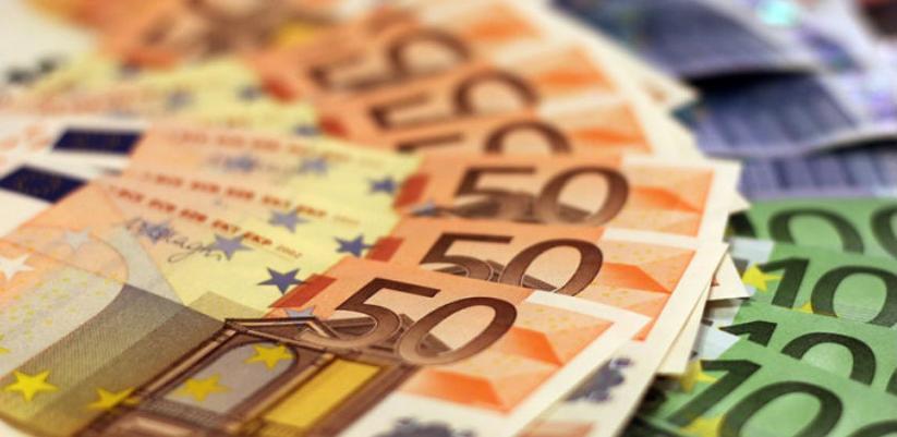 Podižu minimalnu plaću za 22 posto, na 900 eura mjesečno