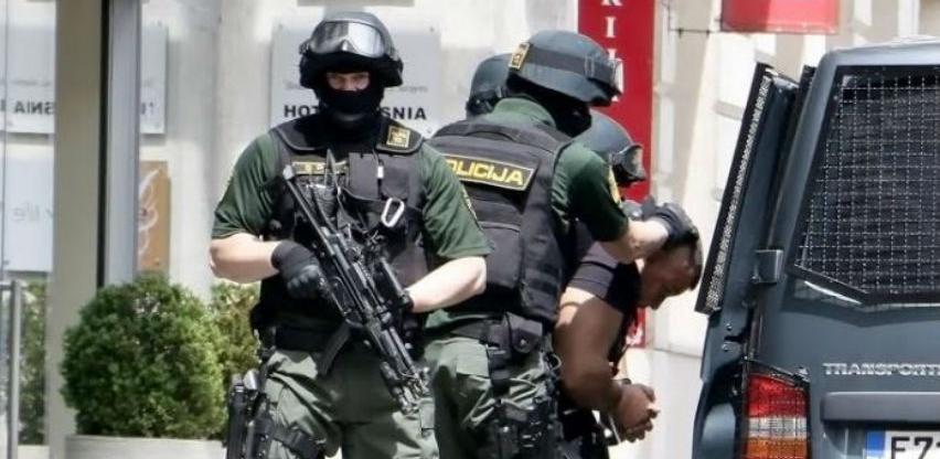 Uhapšeno osam osoba zbog prodaje donirane poljoprivredne opremu od milion KM