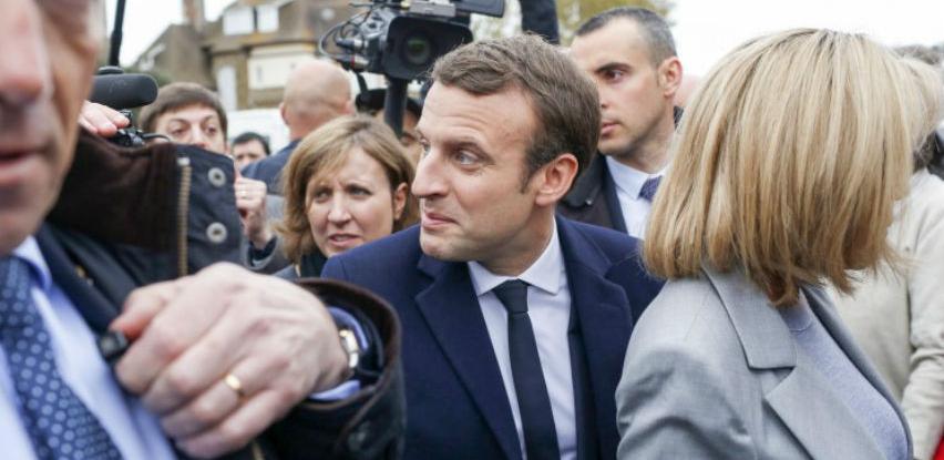 Macron se večeras obraća naciji, objavljuje nove mjere