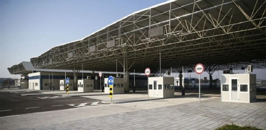 Račić: Uvesti da granični prelazi i terminali rade 24 sata