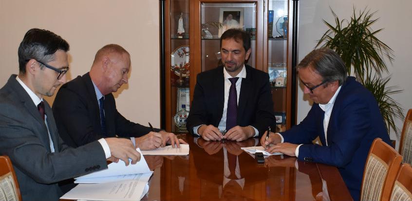 Za nastavak izgradnje dionica na Koridoru Vc 180 miliona eura