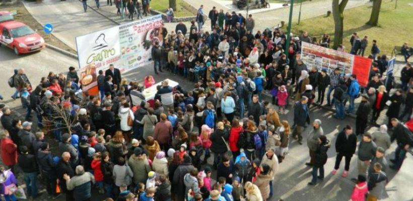 Međunarodni dan palačinaka u Gradačcu i Zenici