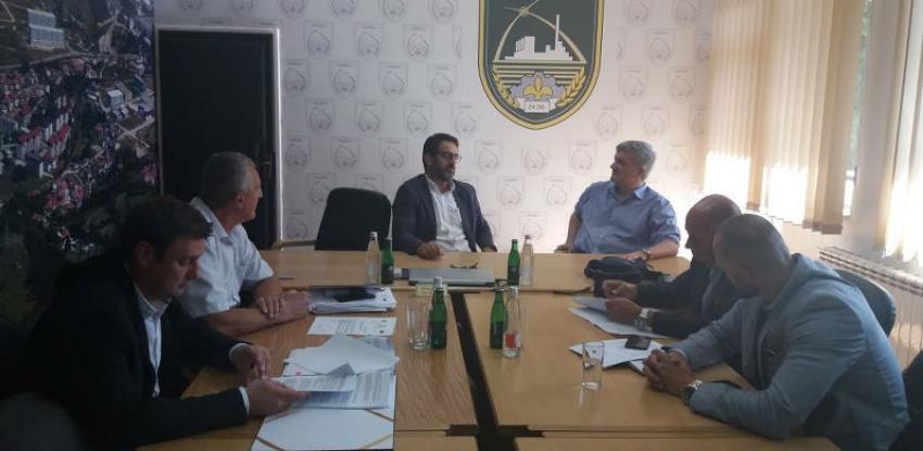 Potpisan Ugovor za realizaciju III faze izgradnje javne rasvjete u Semizovcu