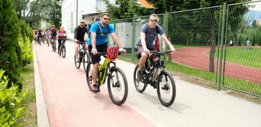 U Sarajevu održana rekreativna biciklistička trka Vozim za nekoga sa autizmom