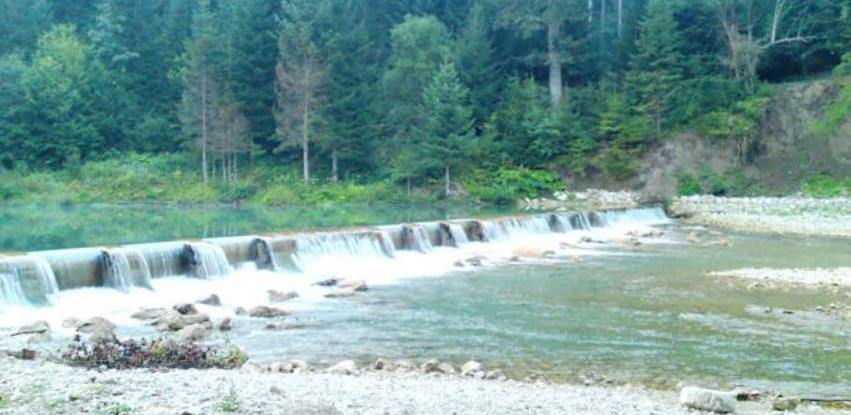 Pravilnik o načinu održavanja riječnih korita, dislokaciji i vađenju materijala