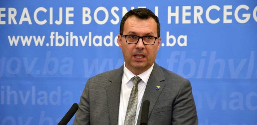 Džindić najavio dvije nove fabrike namjenske industrije u Mostaru i TK