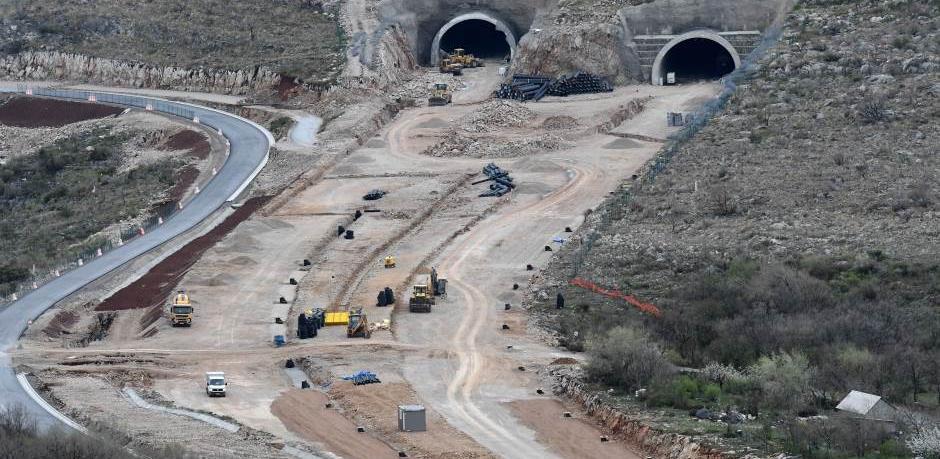 400 radnika iz Kine ipak stiže na gradilište autoceste u Crnoj Gori