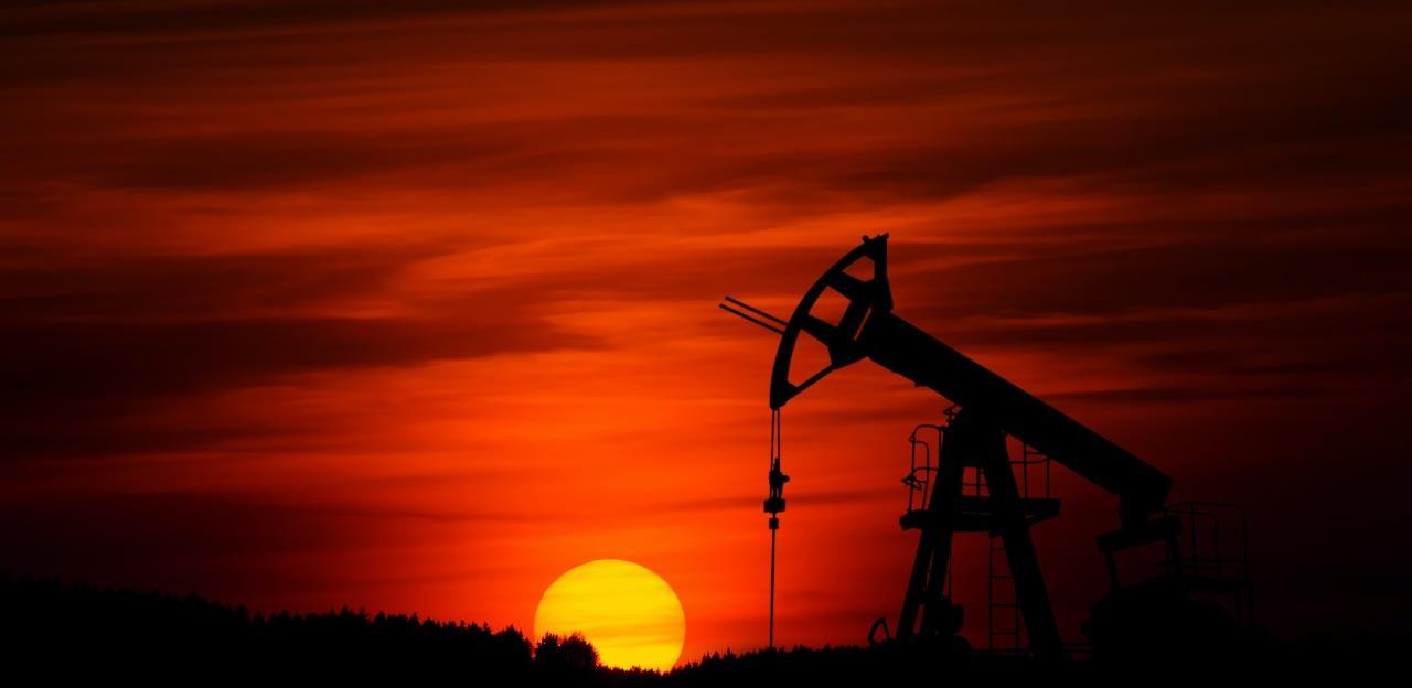 Cijene nafte skočile iznad 44 dolara nakon nove vijesti o vakcinama