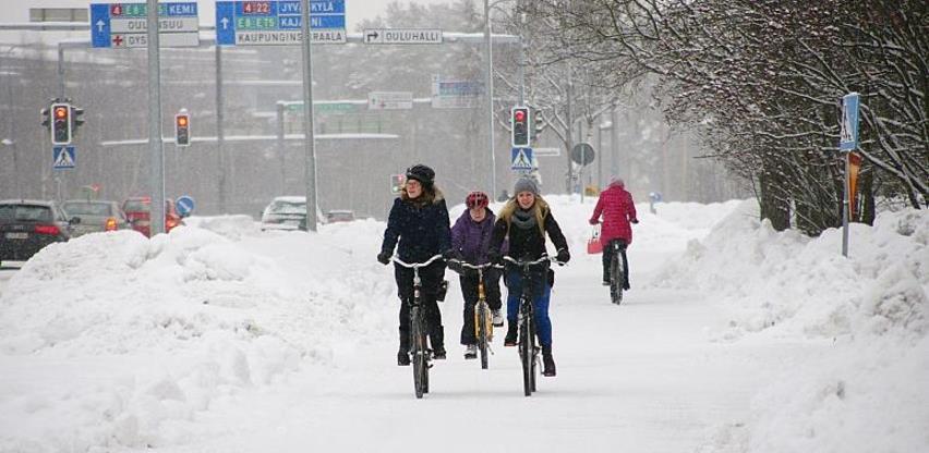 """Grad u kojem biciklisti """"pedalaju"""" do posla i škole čak i zimi"""