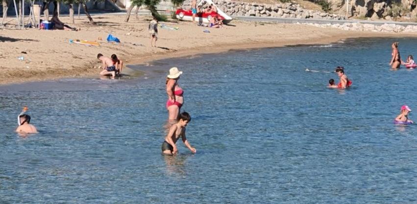 Na Makarskoj rivijeri više od 25 tisuća gostiju, među najbrojnijima gosti iz BiH